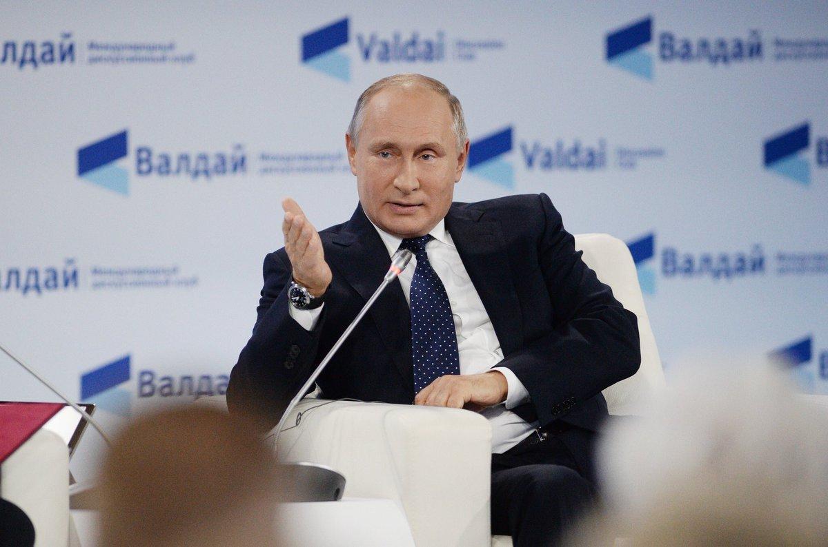 Путин: На повестке дня открытие чартеров в Шарм-аль-Шейх и Хургаду. В ближайшее время эти маршруты могут быть открыты, но надо поработать еще немного