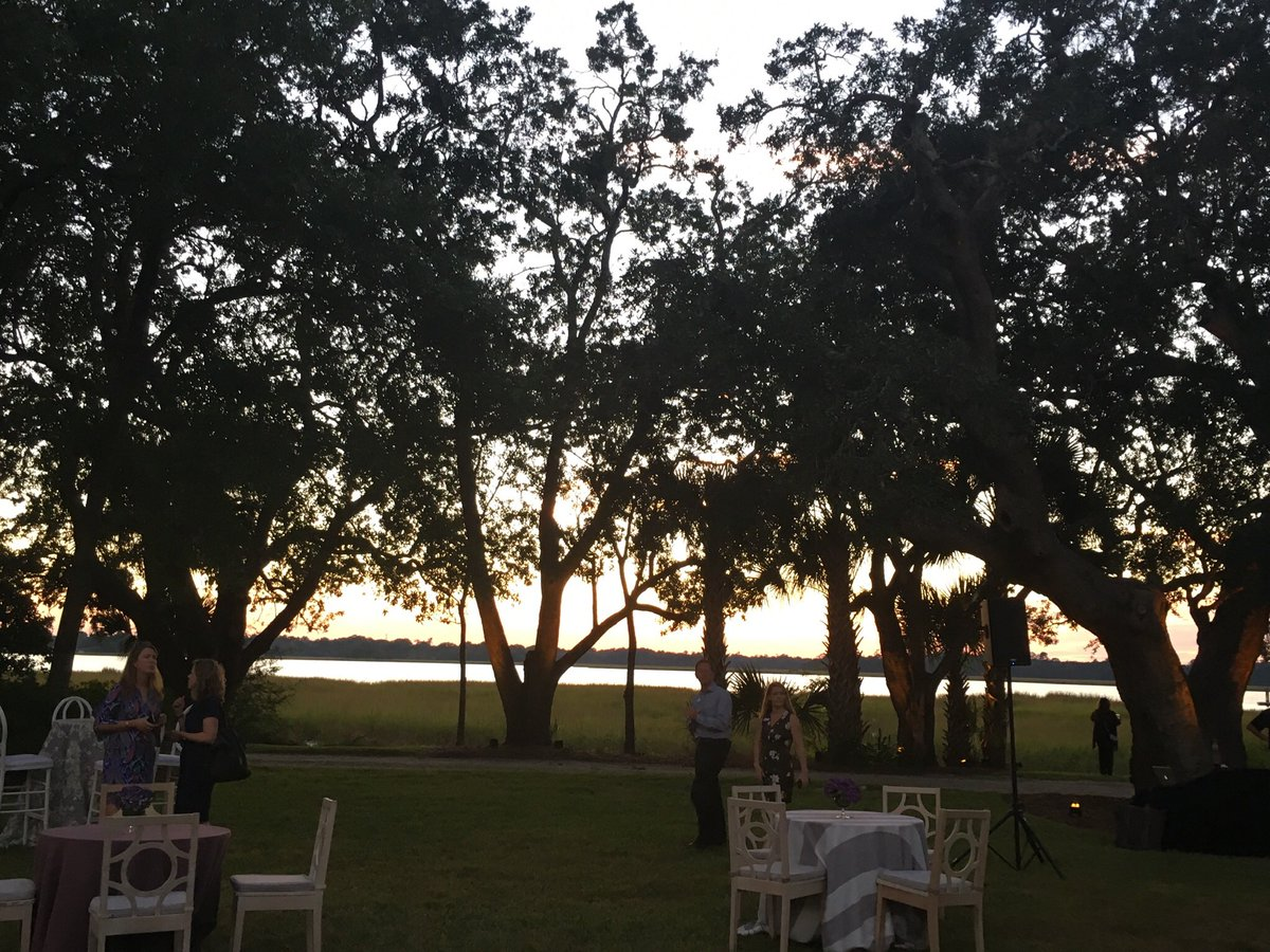 Loved welcoming colleagues from around the country to beautiful Charleston. We had a gorgeous Lowcountry evening. <br>http://pic.twitter.com/y1SJRGPaeB