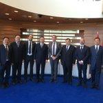Wethouder @Abee_Albert ontvangt Chinese delegatie uit Kunming en presenteert innovatief glastuinbouwcluster @GreenportWest! Delegatie bezoekt vanmiddag wereldmarktleider @AnthuraBV in @Lansingerland!