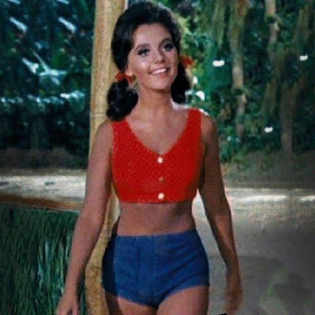 "Happy Birthday to actress Dawn Wells....She helped drop kick me through the ""Goalposts of Puberty.\"".."