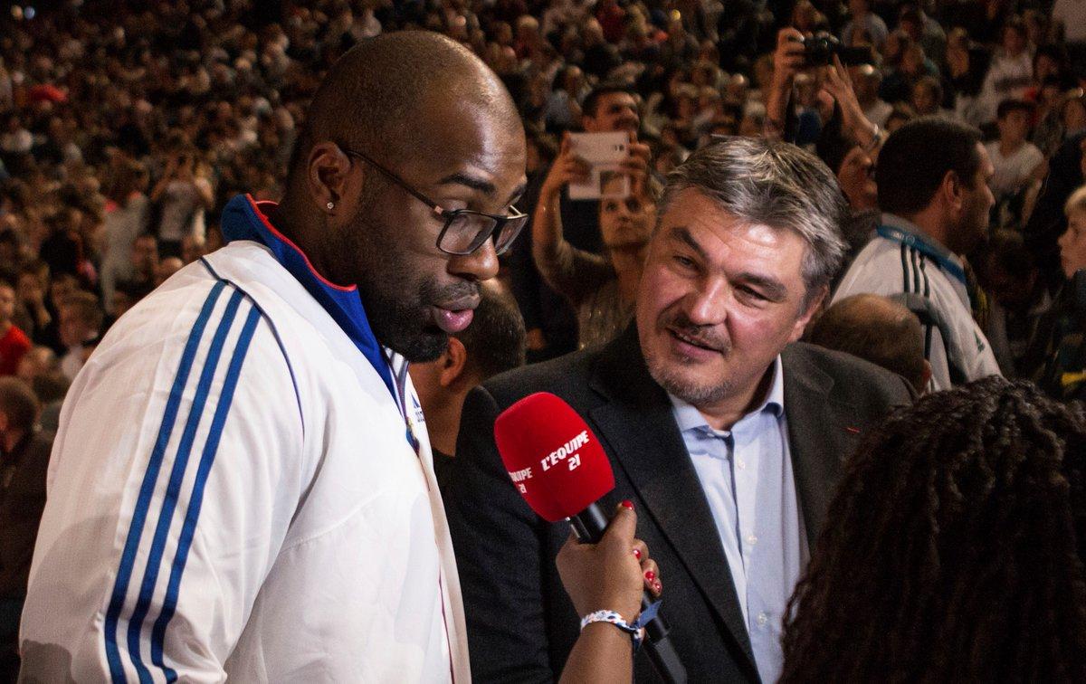 Près de 360 sportifs signent une lettre ouverte à Macron (via @le_Parisien) http://bit.ly/2pZsygI  - FestivalFocus
