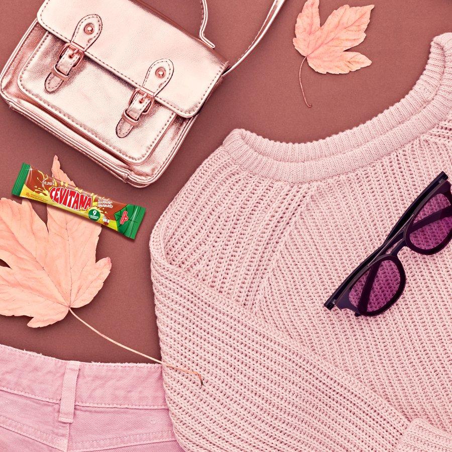 Освежување на гардеробата во твојата омилена боја е секогаш добра идеја. 😉 Дали се согласувате девојки? https://t.co/X6HhCnHNS2
