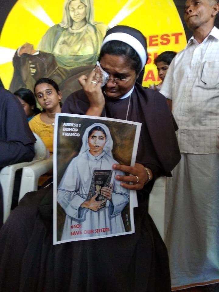 The most heartbreaking image I've seen today. Shameful how the Church has let down its nuns - the brides of Christ! Rape accused bishop #FrancoMulakkal out on bail receives hero's welcome in Jalandhar. No #MeToo for India's nuns.. @Pontifex #CatholicChurchLetsDownItsNuns
