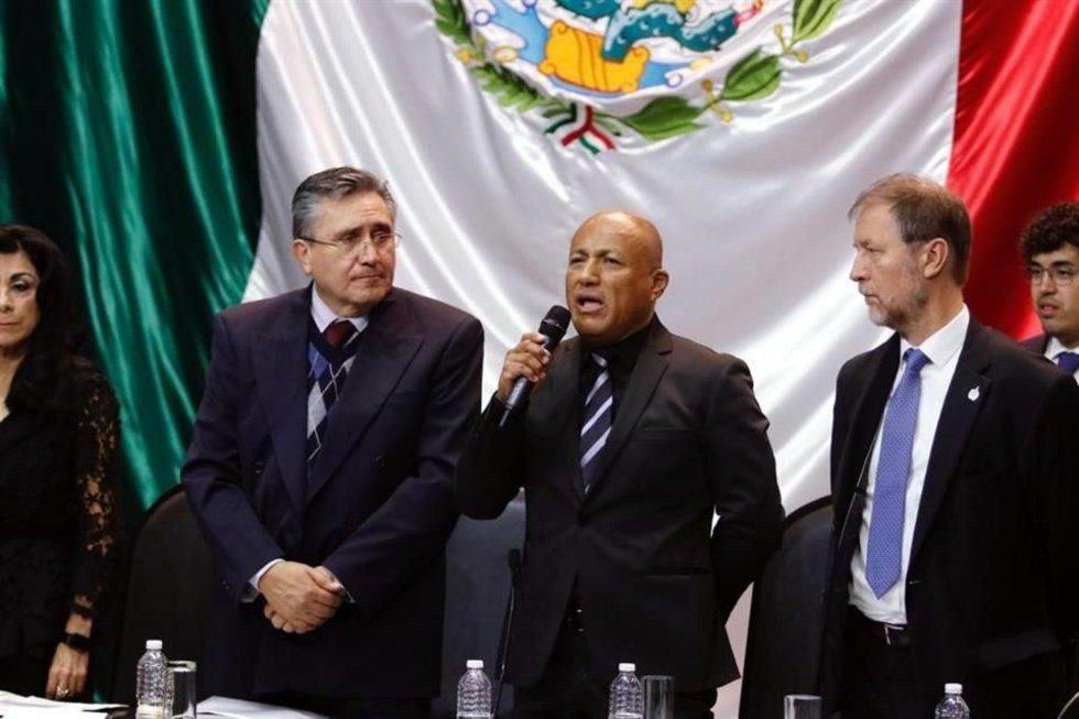 #Nacional | #México | Pide @CNDH revisar #LeyDeSeguridadInterior 😲🧐https://t.co/dH4Sy6SM8B