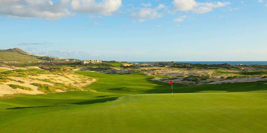 With wide landing areas, open green fronts and tightly mowed green surrounds throughout, El Cardonal @DiamanteCabo provides golfers with a playable, option-filled golf experience while enjoying incredible panoramic views of the Pacific Ocean.
