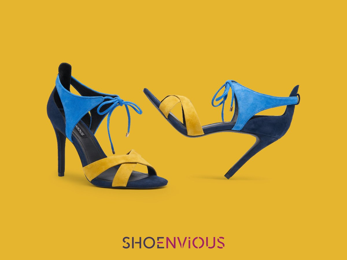 THE STATEMENT SHOE. Pick a vibrant shade, such as yellow or blue, to call attention to the lovely long leg line you'll be rocking.  Design your dream pair at https://t.co/Y97j5WiKcW  #bespoke #luxuryshoe #makeastatement https://t.co/m6O6spEwsG