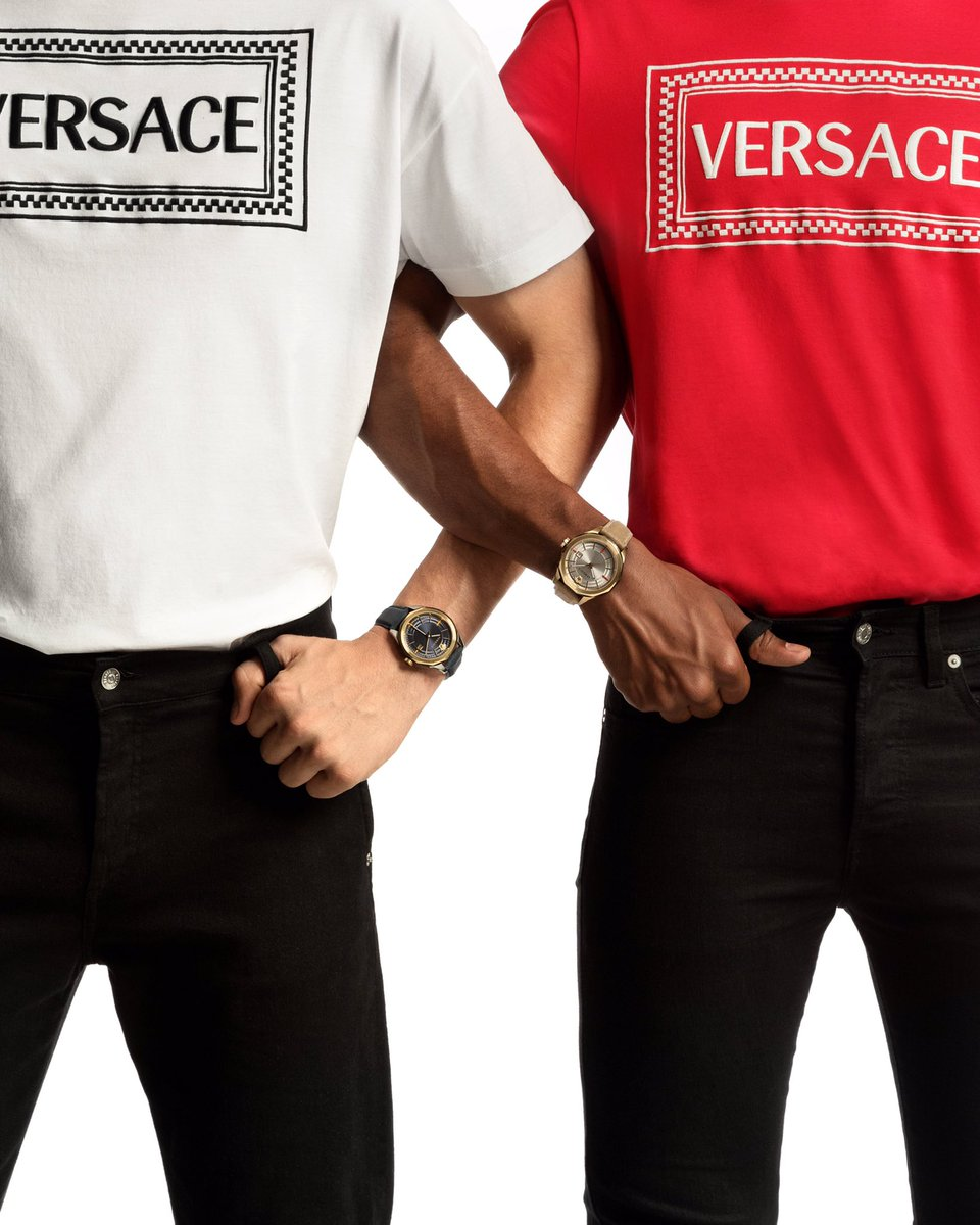Glaze watch - a staple timepiece for the modern man.   Discover all #VersaceWatches: https://t.co/VOI8WxMSU1