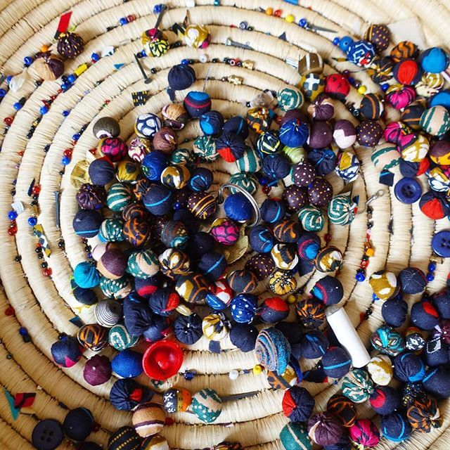 One last thing about @inemaart. They run a small shop where women can learn to the make artistic crafts like bow ties, tote bags, and these cloth beads used in bracelets and necklaces. I met some of the women while there and they said that before Inema s… https://t.co/0jc9xZ79vV