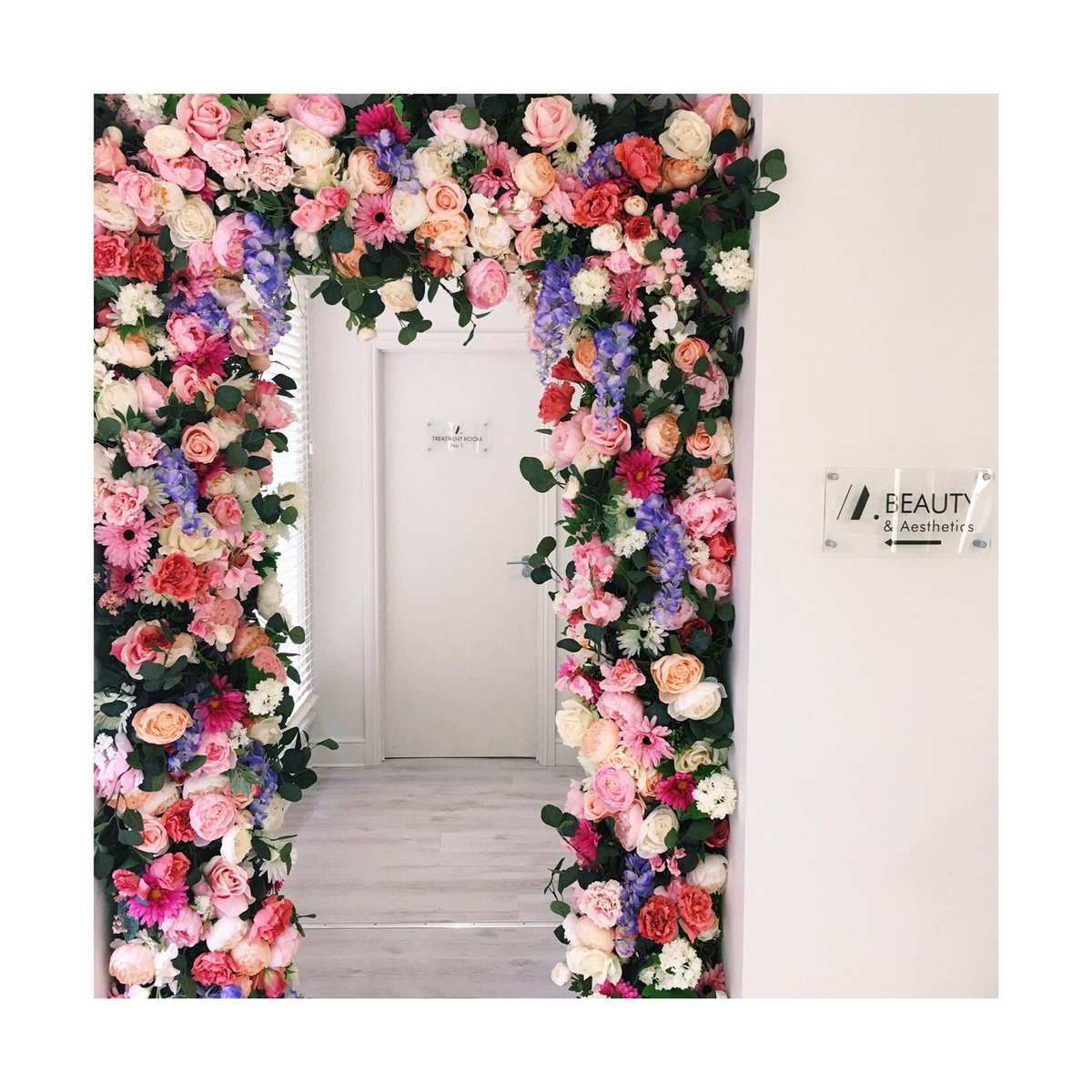 Mark Blake Hair And Beauty On Twitter Floralfriday Have You Spotted Our New Decorative Floral Doorway Leading To The Beauty Rooms In Our Gloucester Salon Markblakehair Markblakebeauty Forthehairyoudeserve Flowerwall Floralarrangement