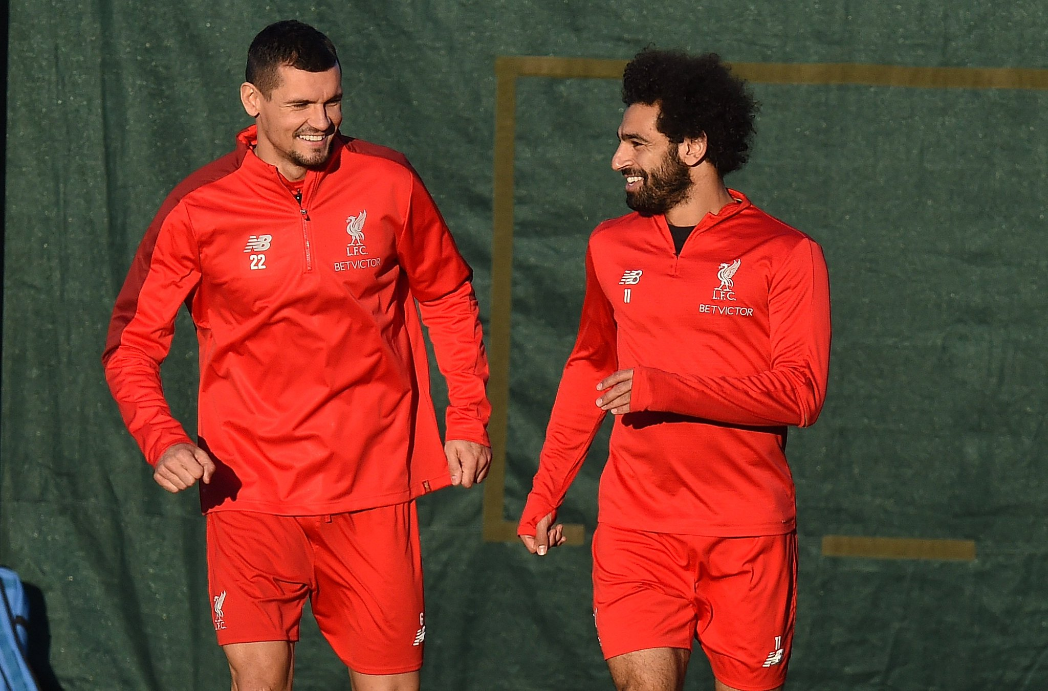 ����  Lovren x Salah https://t.co/PmMsZ1361h
