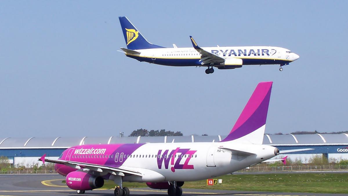 cbd9dc8fd #LoMásLeído Ryanair y Wizz Air cobran por las maletas de mano: estas son las