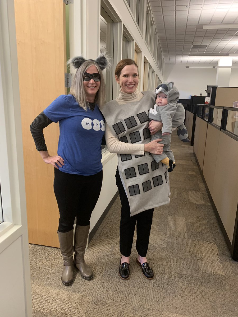 I'm ok with not being the cutest #mprraccoon. Lucille wins that competition paws down. Her mom, Bridget, is a pretty great UBS Building too! #mprlife<br>http://pic.twitter.com/y7AMJimSlg