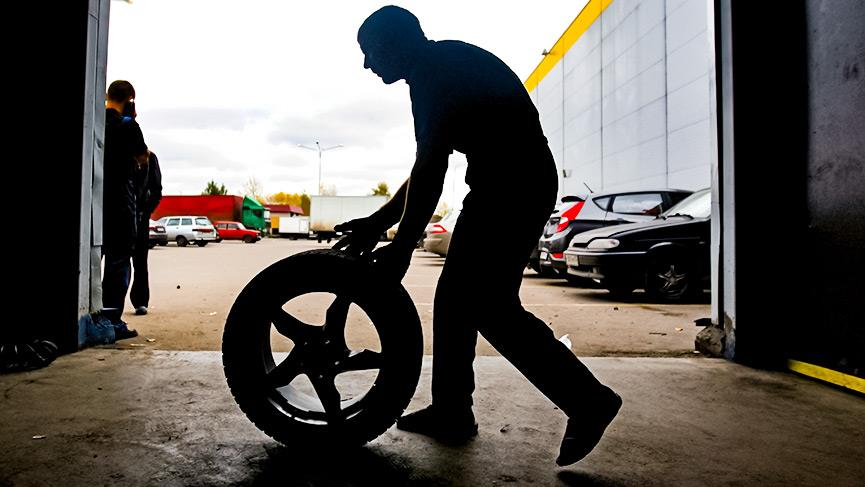 Вводят новый штраф ГИБДД: Использование шин не по сезону
