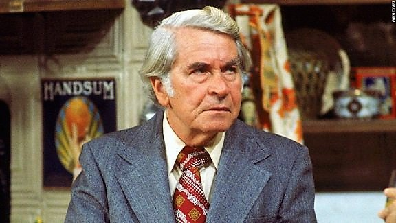 """#HappyBirthday to #JohnSylvesterWhite (RIP), Assistant Principal (later head principal) """"Mr. Woodman"""", on #WelcomeBackKotter, btd 1919. <br>http://pic.twitter.com/zZzjFb8cwO"""