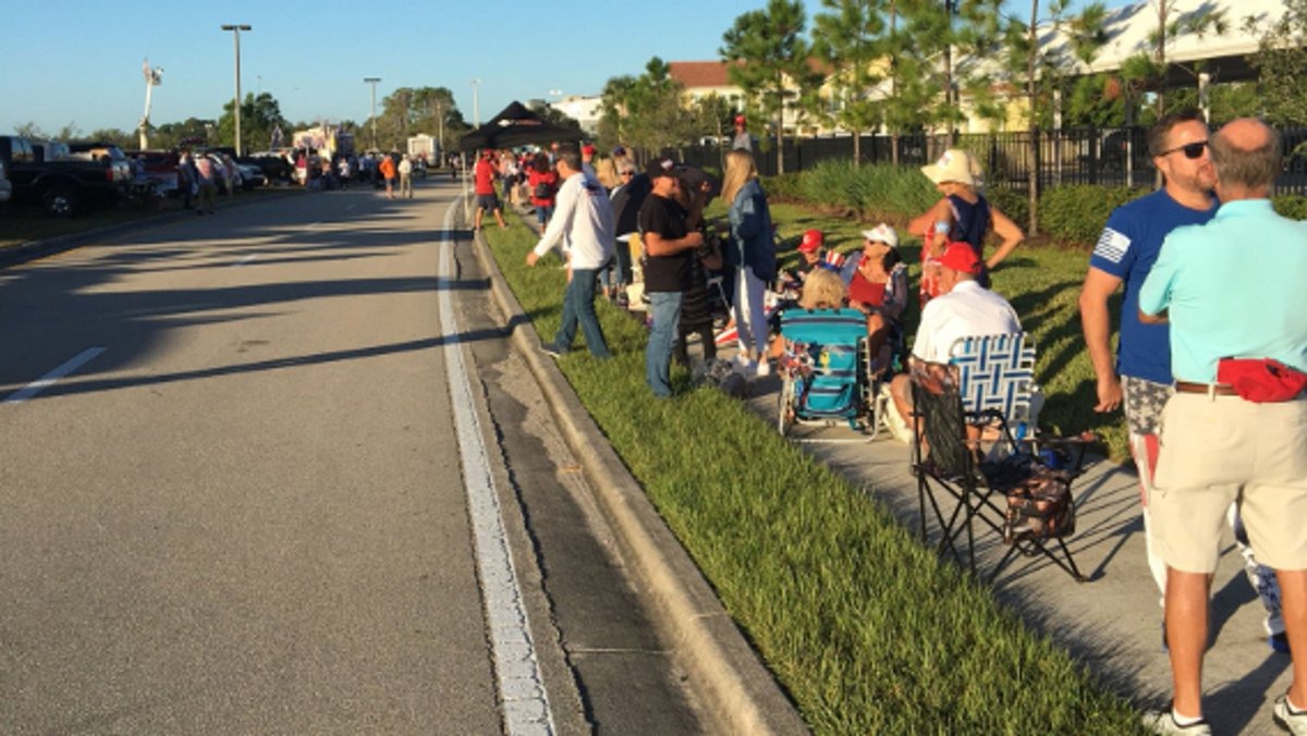 Trump rally in Fort Myers: Live coverage in photos https://t.co/z1AXCiVDlF