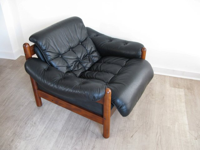 Terrific Funky Junky On Twitter A 1960S Faux Leather Norwegian Andrewgaddart Wooden Chair Designs For Living Room Andrewgaddartcom