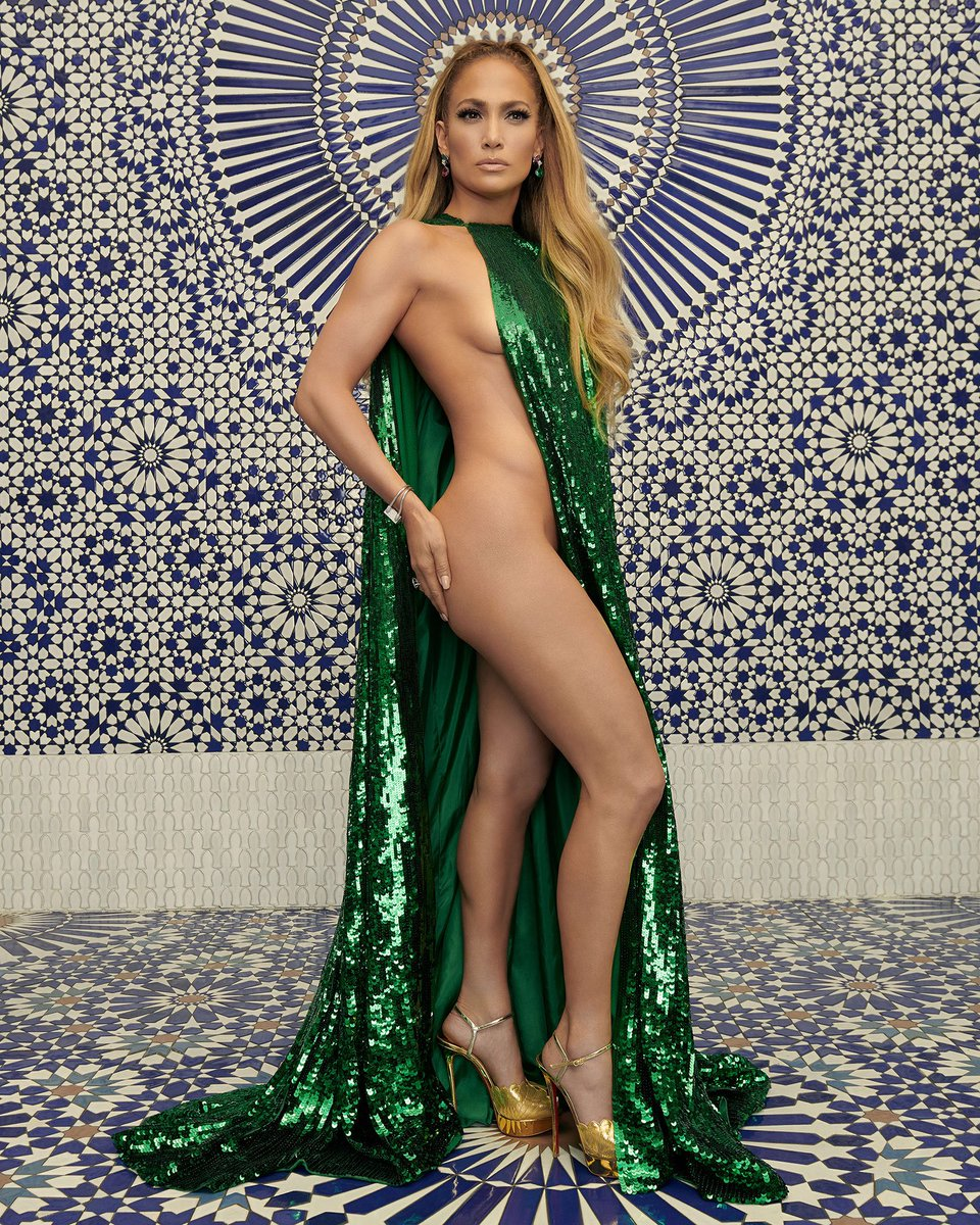 Jennifer Lopez just posed half naked (literally) for InStyle and she looks incredible