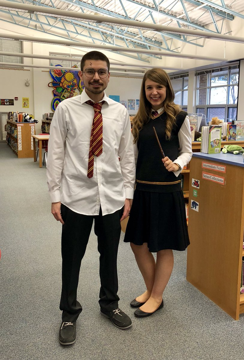 RT <a target='_blank' href='http://twitter.com/ChrissyFrantz'>@ChrissyFrantz</a>: Happy Halloween from Hogwarts 🎃 <a target='_blank' href='http://twitter.com/APSLibrarians'>@APSLibrarians</a> <a target='_blank' href='http://twitter.com/GlebeLibrary'>@GlebeLibrary</a> <a target='_blank' href='http://twitter.com/GlebeAPS'>@GlebeAPS</a> <a target='_blank' href='https://t.co/oR7xtqVJke'>https://t.co/oR7xtqVJke</a>