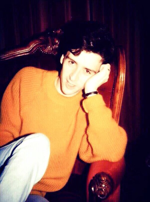 Happy birthday  wish someday you could come to China,I ll wear the same yellow sweater to your gig!