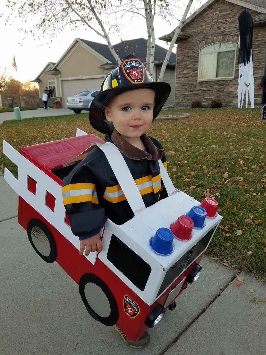"""sioux falls fire on twitter: """"happy halloween and look out for all"""