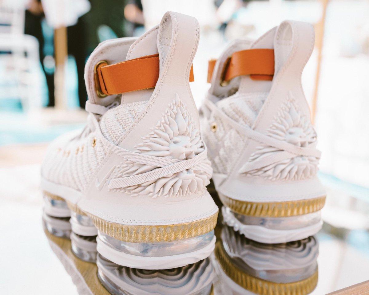 huge selection of 01fc2 28dc2 Nike LA on Twitter: