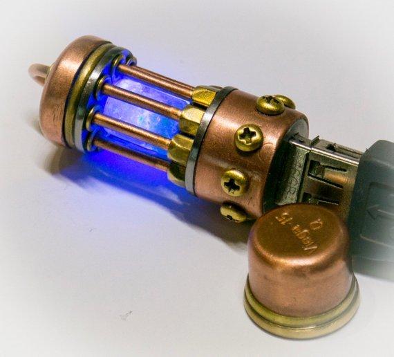 #Geek 🤓 Awesome of the Day: #Steampunk Flash Drive 256 GB #USB 3.1 Glow in dark #LED by IngMet via @SmokedGlassGogg #SamaGeek