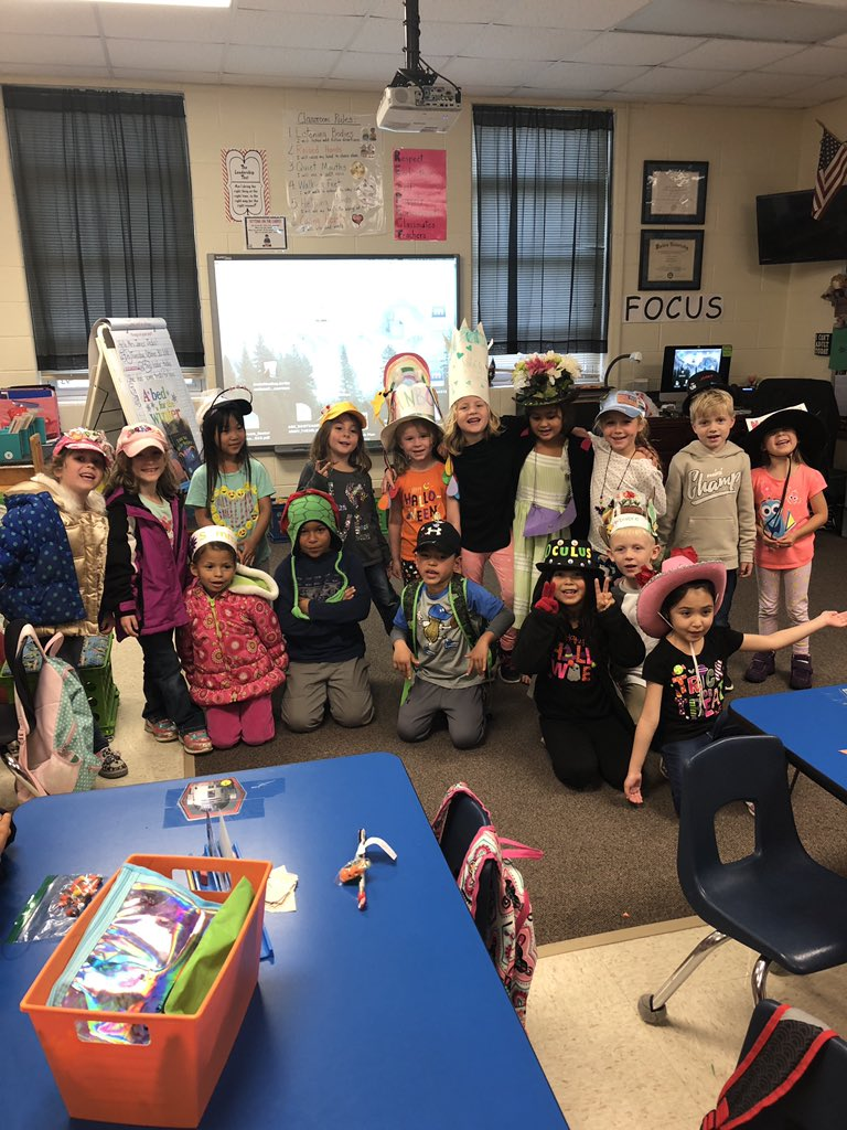 Halloween and hats. What more do we need?! @PartridgeElem #PartLeads