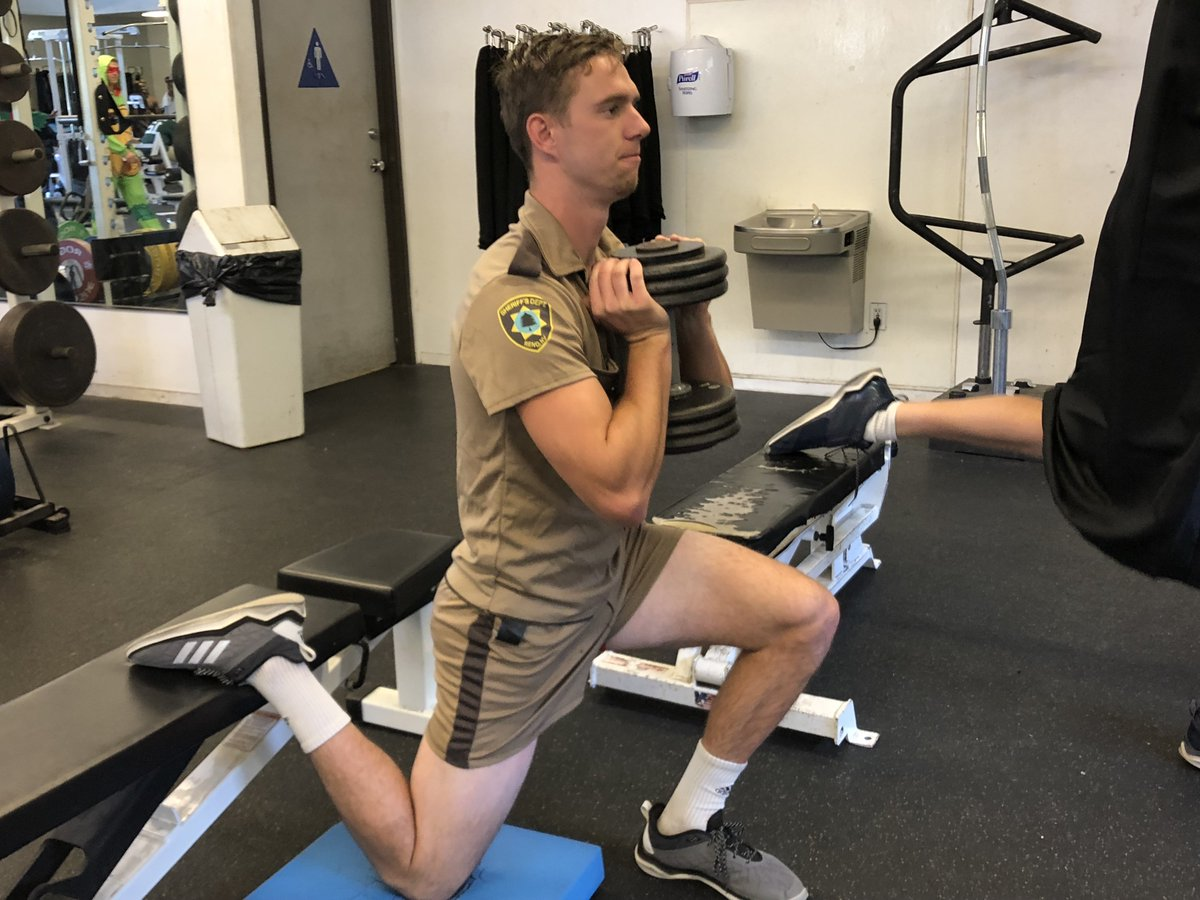Reno 911 Halloween Costume.Mike Mcfeely On Twitter Wait Is Somebody From The Ucdfootball