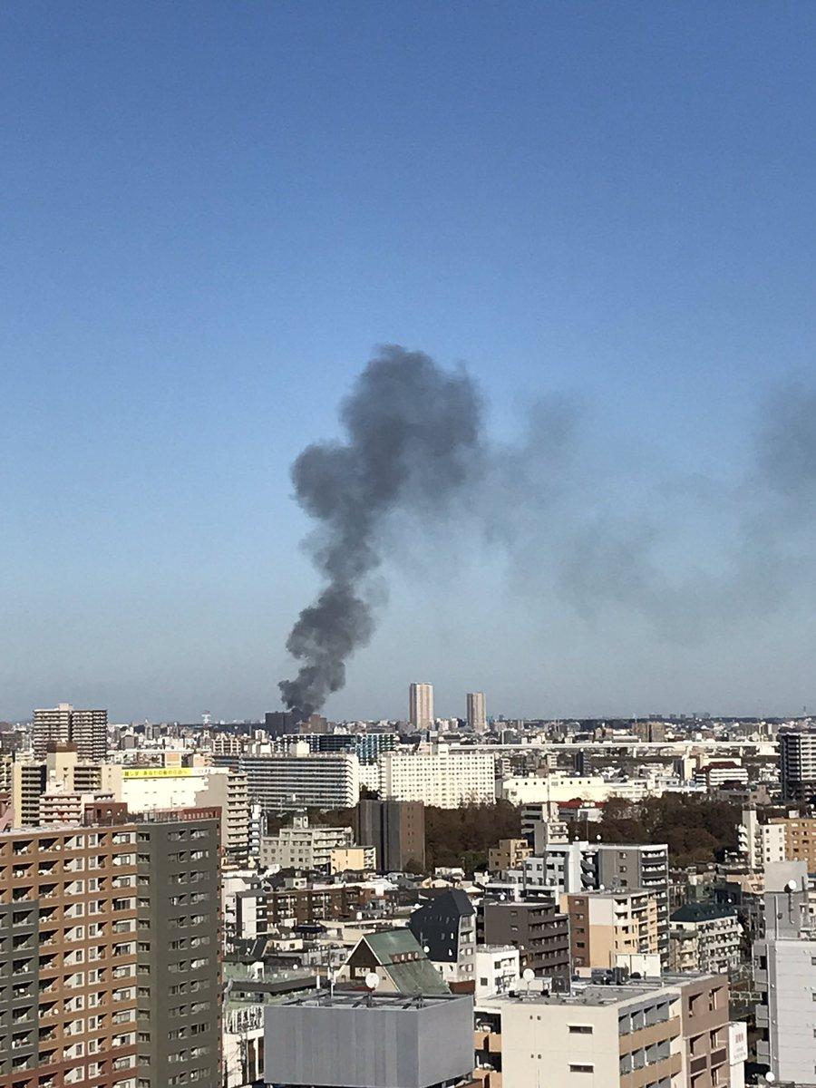 江戸川区東小岩で火事が起きている現場画像