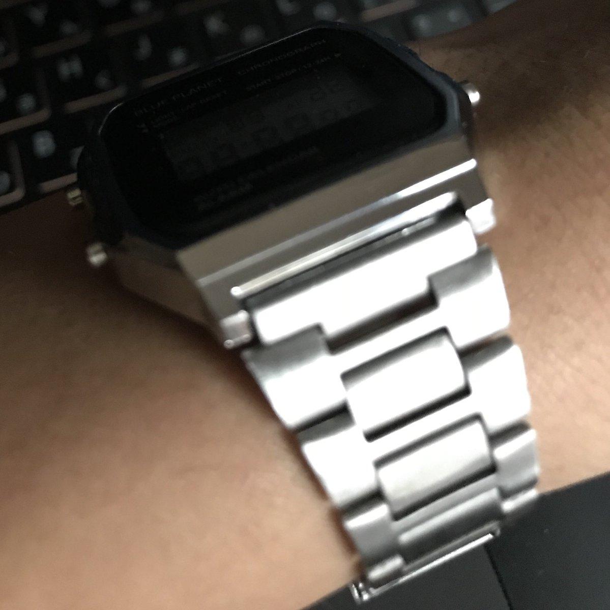 test ツイッターメディア - 今使ってる時計を見て、大概のやつはこんな勘違いをしてくれる。  1. Apple Watchかと思う!               ↓ 2. 違う、チプカシかな?               ↓ 3. ブルプラ、つまりチープチャイナだ #ダイソー #BLUEPLANET https://t.co/AxCP6t4jTM