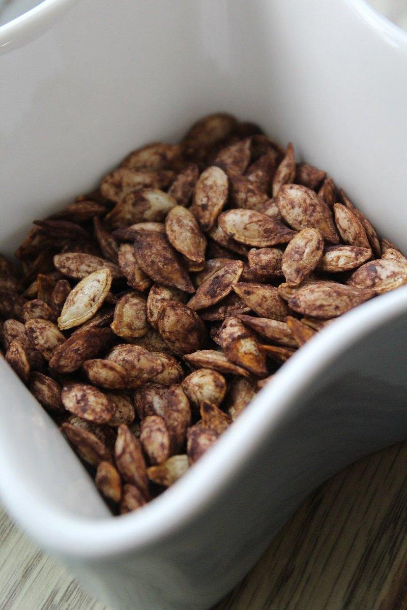 Recipe: Cocoa-Chili Roasted Pumpkin/Winter SquashSeeds. https://t.co/PReOegi3rg https://t.co/FYaPElO5sq