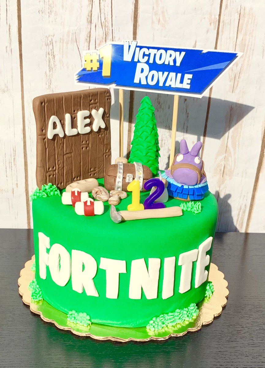 Remarkable Benibakery On Twitter Fortnite Themed Cake Happy 12Th Birthday Personalised Birthday Cards Epsylily Jamesorg
