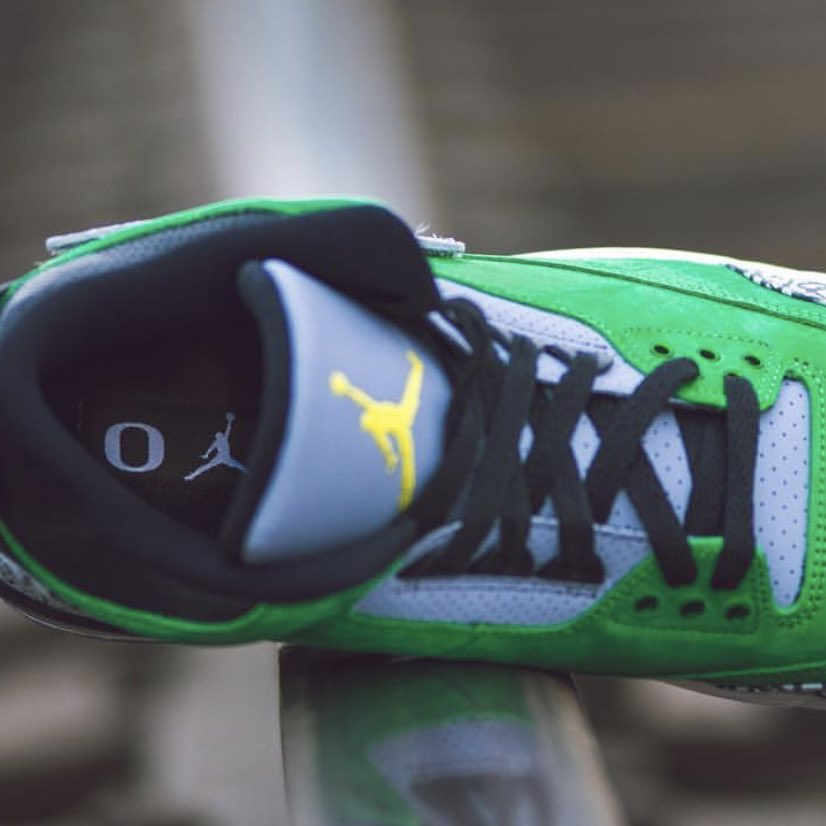 more photos 08a9a b95fa ... get heres a first look at the oregon ducks football air jordan 3 jth pe  403de