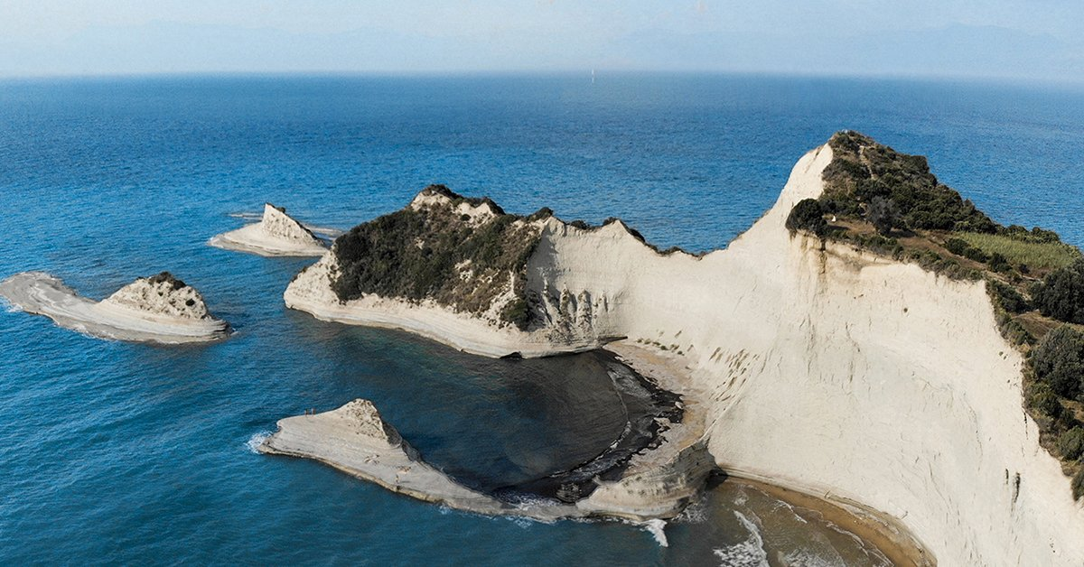 Akra Drastis, Corfú  #EstrellaGuide Discover more secrets of this Mediterranean spot here: https://t.co/BPedm9RYEN https://t.co/1nAUCck2CI