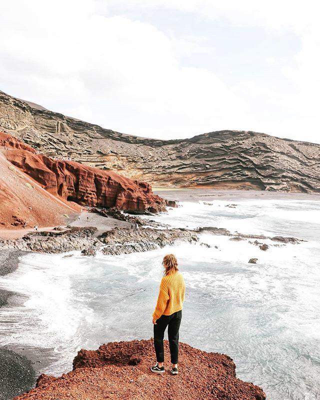 📍El Golfo, Lanzarote  #lanzarote #canaryislands #womenwhoexplore #placetovisit #escapesnaps #alpinebabes #nasvetzaizlet #femmetravel #wanderlusttribe #dametraveller #sidewalkerdaily #girlsabroad #roamingwomen #blondesandcookies #vacationgoals #travel…