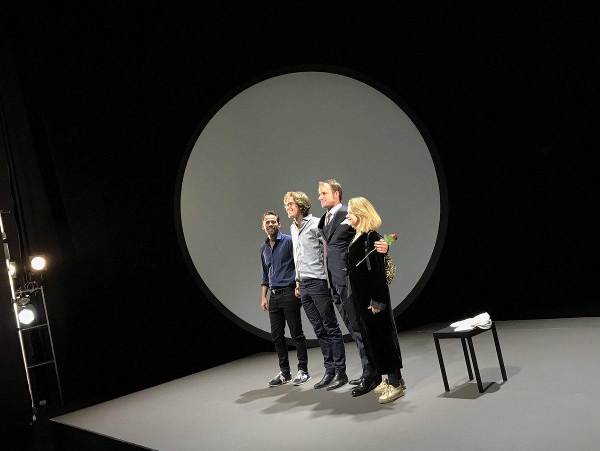 Berliner Ensemble On Twitter Jubel Für Oliver Kraushaar Und Das