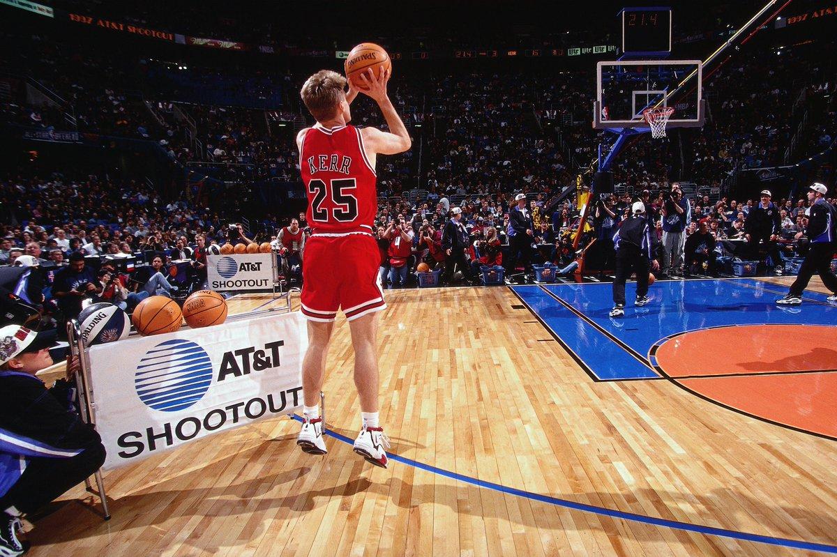Cleveland #NBAAllStar 1997 #TBT...  The @chicagobulls' Steve Kerr wins the Three-Point Contest!
