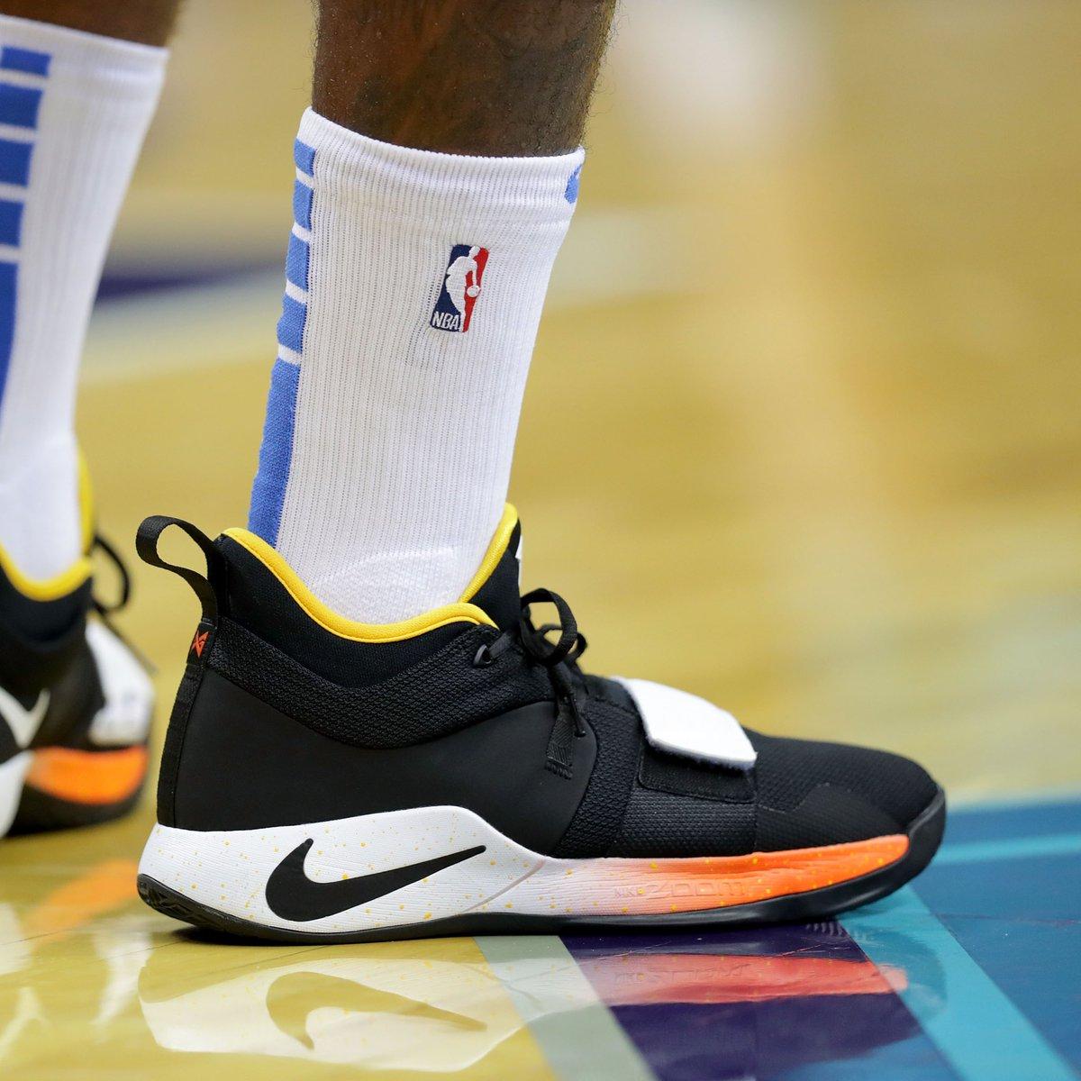 Yg_Trece wearing a new Nike PG 2.5