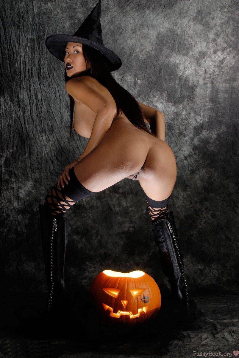 Sexy nude halloween sex