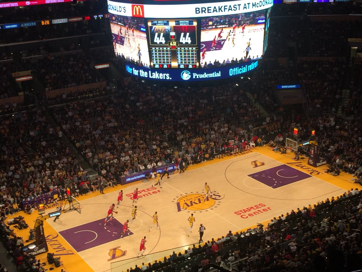 """Cheers and """"Let's Go Dodgers"""" chants at the #Lakers game after the final out in Milwaukee."""