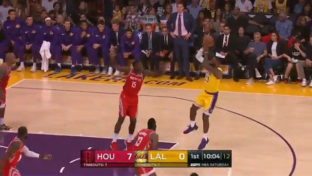 LeBron James posts 11 PTS, 3 AST in his 1st half of action at Staples Center! #LakeShow #KiaTipOff18 https://t.co/EESj4ESvr0
