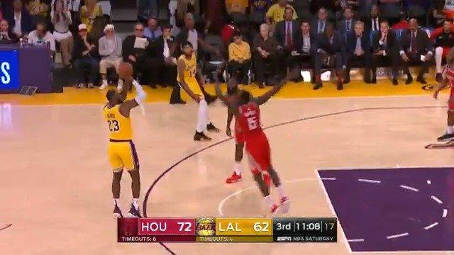 LeBron tees one up from deep!  @Lakers/@HoustonRockets 2nd half is underway.  #KiaTipOff18 on @ESPNNBA https://t.co/EqPJNOXKyq