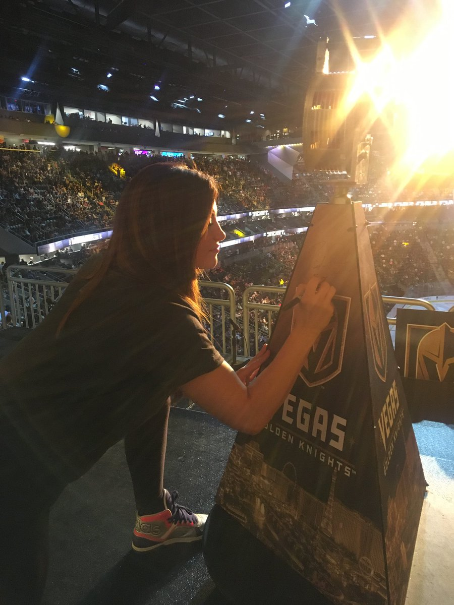 🚨 Sirens & ✍️ Signatures Former bantamweight champ @MieshaTate hits the @GoldenKnights game! #VegasBorn