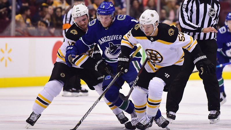 The Bruins lost their third consecutive game Saturday night when they fell 2-1 in overtime to the Canucks. https://t.co/o9p2fN1Qir