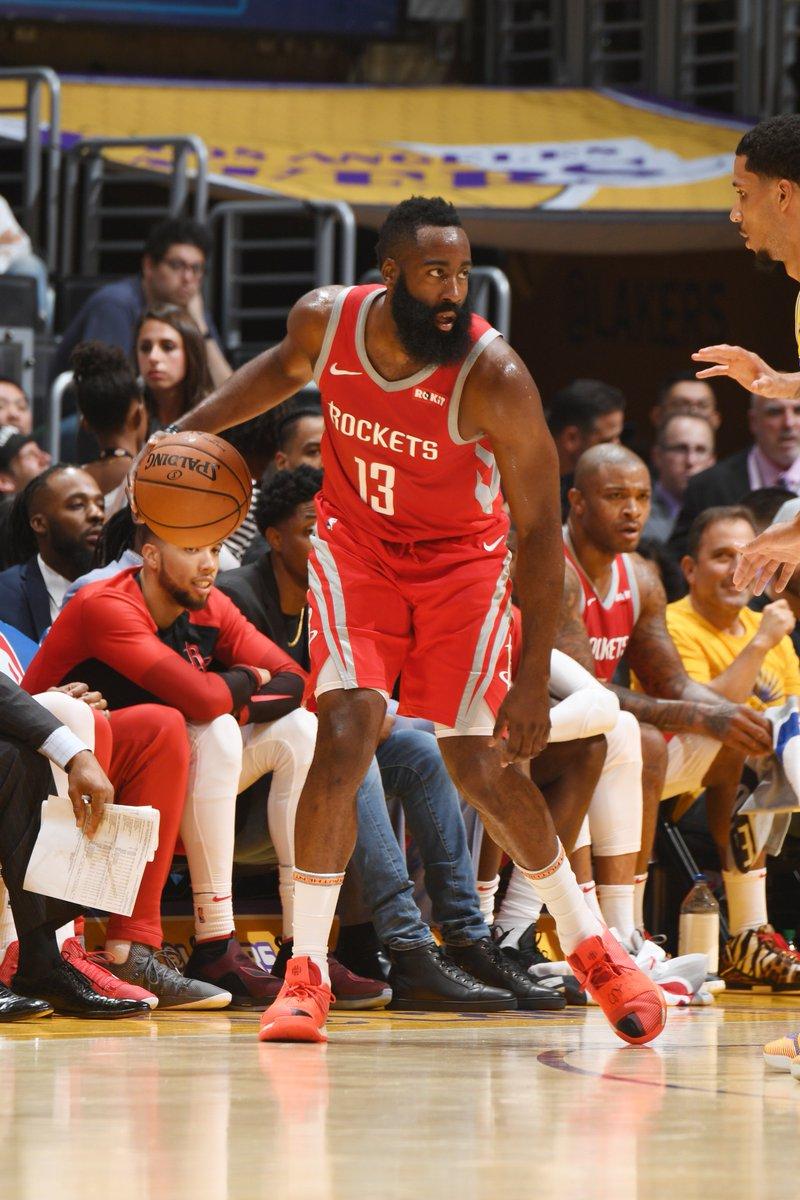 36 PTS, 7 REB, 5 AST for James Harden! #Rockets   124 #LakeShow |  115  LeBron James: 24 PTS, 5 AST, 5 REB Clint Capela: 19 PTS, 12 REB Lonzo Ball: 14 PTS, 4 3 #KiaTipOff18PM