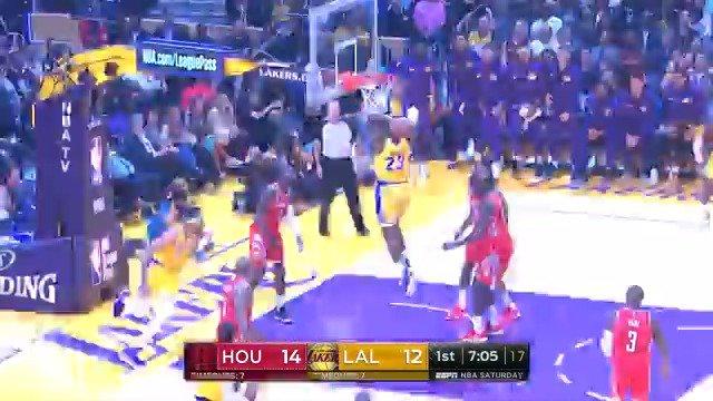LeBron James posts 24 PTS, 5 AST, 5 REB in his @Lakers Staples Center debut. #LakeShow #KiaTipOff18 https://t.co/0JjGKKBm9n