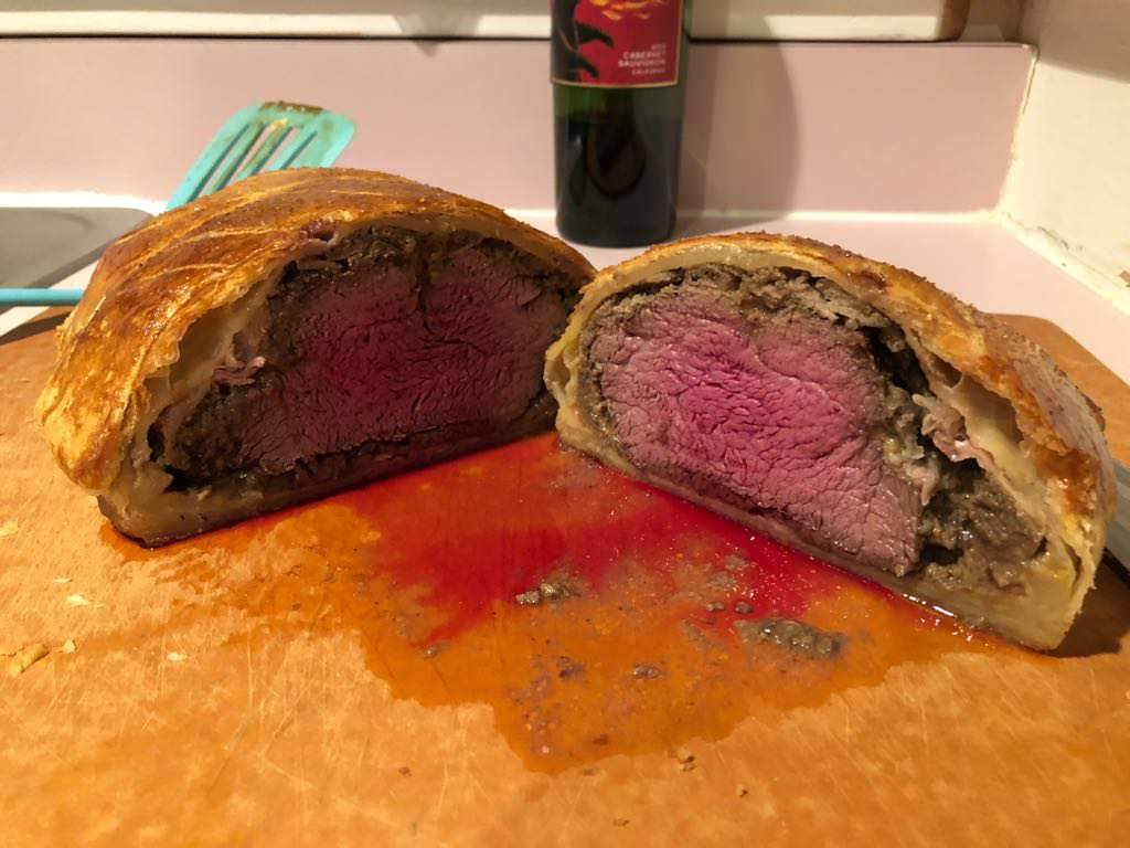 @freefoodies: #Foodporn Alert! Very excited about how my first Beef Wellington turned out! #yummy https://t.co/a1wjRL10uE