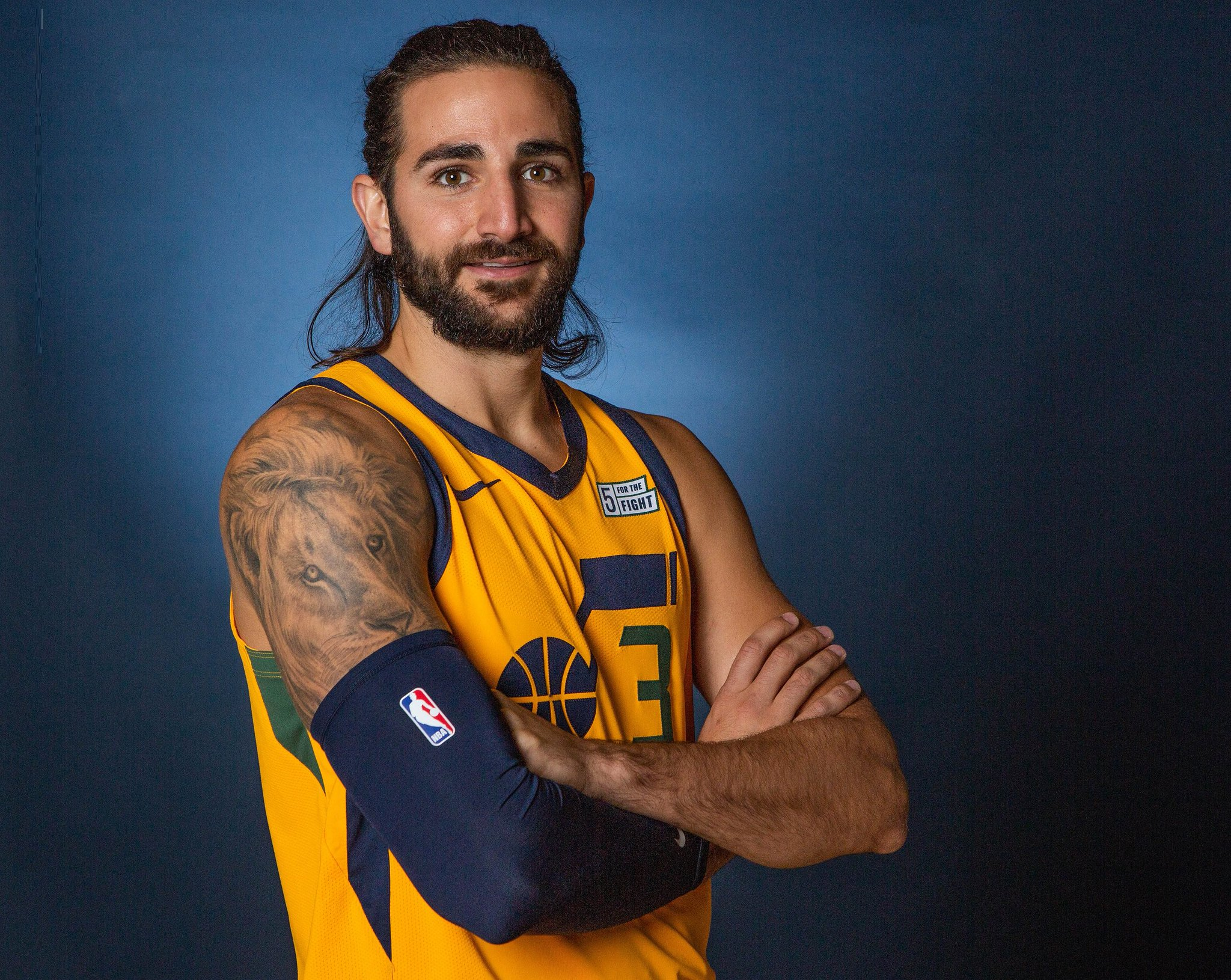 join us in wishing @rickyrubio9 of the @utahjazz a HAPPY 28th BIRTHDAY! #NBABDAY https://t.co/hYRzYy5AXF