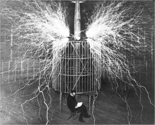 The Retweet Train Show AFTER DARK presents Nikola Tesla inside his laboratory, 1899 History Lovers Club pic via @historylvrsclub