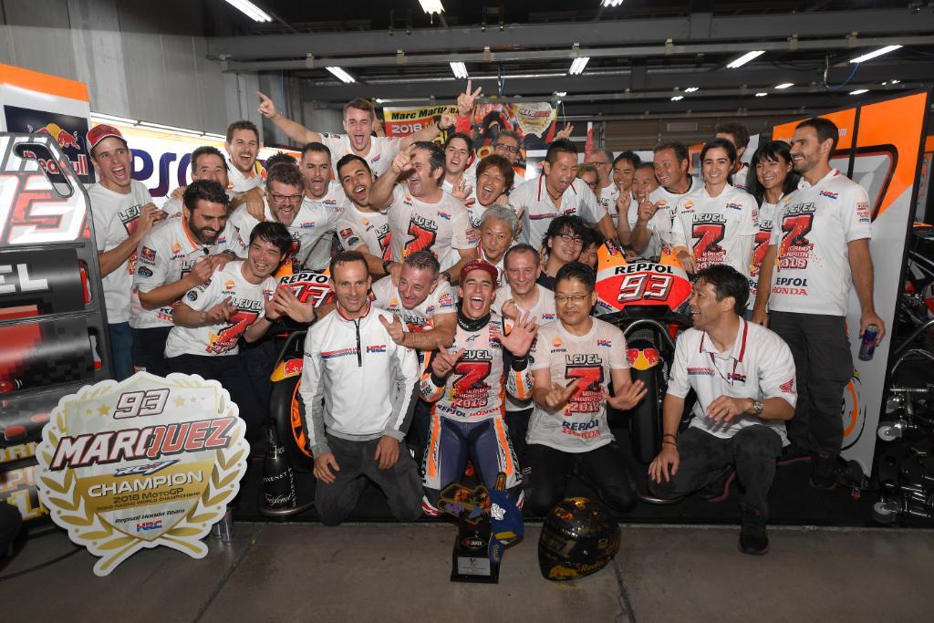 \「マルク・マルケス」がFIMロードレース世界選手権MotoGPクラスで3年連続5回目のチャンピオンを獲得/ 皆様のご声援、本当にありがとうございました!! マルケス選手の喜びのコメントなどはこちらから⇒ https://t.co/dk4gT1RozW #MotoGP